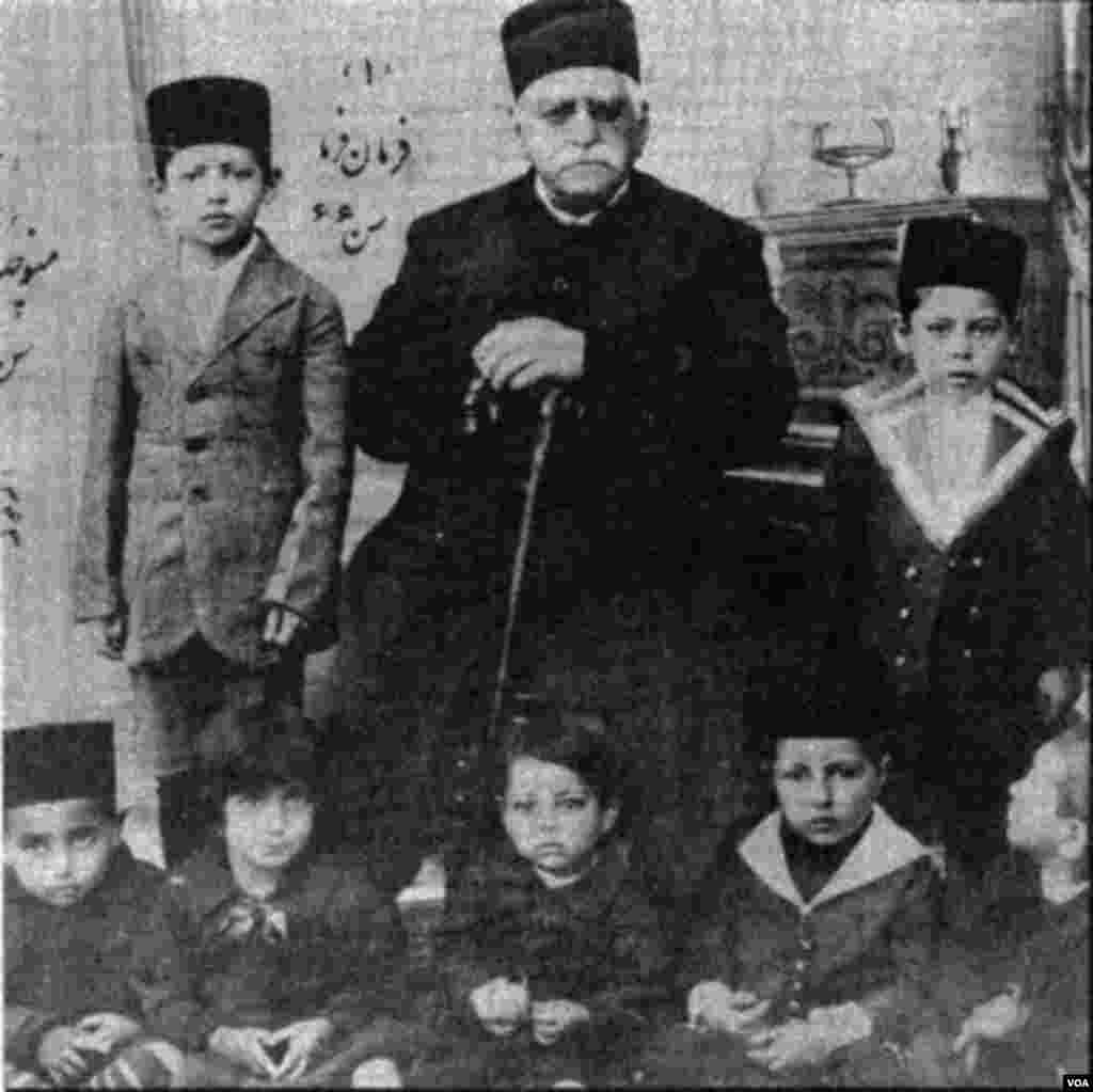 او فرزند عبدالحسین میرزا فرمانفرما از شاهزادگان و شخصیت های بانفوذ قاجار بود