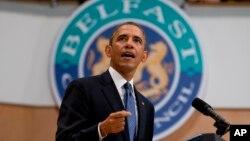 오바마 미국 대통령이 17일 북아일랜드 수도 벨파스트에서 젊은이들을 대상으로 연설을 하고 있다.
