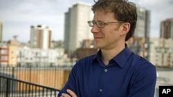 Chip Giller Promotes Eco-Awareness On-line