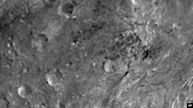 Hoto wani dutse da na'urorin hukumar NASA ta Amurka ta dauka.
