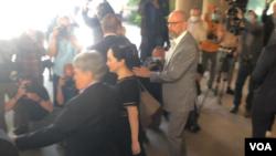 孟晚舟离开加拿大卑诗省最高法院(2020年5月27日)