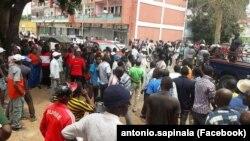 Militantes da UNITA protestam conta agressão a seu dirigente
