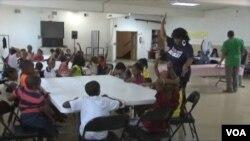 芝加哥市中心的夏令營教育孩子如何避開暴力和欺凌