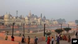 فیصلے کے پیش نظر ایودھیا سمیت پورے بھارت میں سیکیورٹی سخت کر دی گئی تھی۔