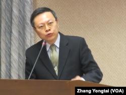 台湾陆委会主委王郁琦 (美国之音张永泰拍摄)