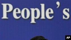 中国商务部长陈德銘3月7日在北京对媒体发表讲话