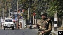 بھارتی کشمیر: سیکیورٹی فورسز کی تعداد میں کمی کا معاملہ، سرکاری مؤقف میں ابہام
