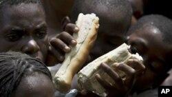 Isu-isu HIV dan kelangkaan pangan bukan merupakan masalah Afrika saja, tetapi juga kondisi-kondisi yang sama terjadi di antara warga miskin di Amerika Utara, termasuk kota-kota seperti San Fransisco, Atlanta, Boston, dan Vancouver (foto: dok).