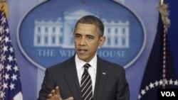 Presiden Barack Obama mendesak Kongres menunda pemotongan anggaran secara otomatis yang mulai berlaku tanggal 1 Maret (5/2).
