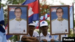Sam Rainsy will no longer face imprisonment for charges related to his uprooting of border markers near Vietnam in 2009 and the subsequent posting of a map online that he said indicated Vietnamese border encroachment. But officials at the National Election Committee say he remains ineligible to vote or run in the upcoming election.