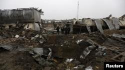 افغانستان کے دارالحکومت کابل میں پیر کو ایک امریکی کمپنی کے باہر خودکش حملہ