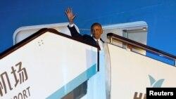 Tổng thống Hoa Kỳ Barack Obama lên đường đi thăm Lào sau khi kết thúc Hội nghị thượng đỉnh G20, tại sân bay quốc tế ở Hàng Châu, Trung Quốc, 5/9/2016.