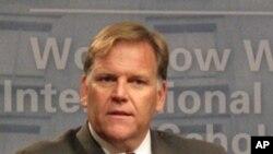Dân biểu Mike Rogers, Chủ tịch Ủy ban Tình báo Hạ viện, người bảo trợ chính của dự luật