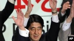26일 일본 자민당 총재에 당선된 아베 신조 전 총리.