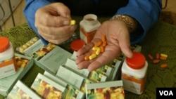 Los científicos dicen que no hay beneficios para los hombres que ingirieron 400 unidades de vitamina E al día.