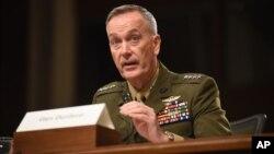美军参谋长联席会议主席邓福德在美国国会作证。(2015年10月27日)
