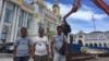 塞班岛中国工人:我们被骗怕了!