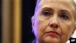 ທ່ານນາງ Hillary Clinton ລັດຖະມົນຕີກະຊວງ ການຕ່າງປະເທດ ສະຫະລັດ ທີ່ຕ້ອງເຂົ້າໂຮງໝໍ ຍ້ອນເລືອດກ້າມ ເມື່ອວັນທີ 30 ທັນວາ 2012.