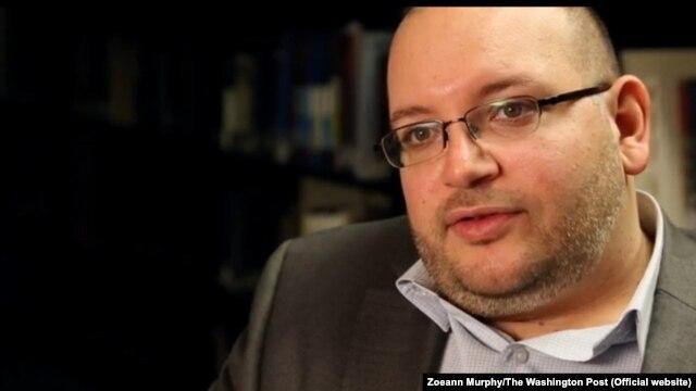 جیسون رضائیان خبرنگار روزنامه واشنگتن پست در ایران که در بازداشت بسر می برد.