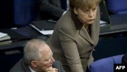 پاسخ آلمان به درخواست افزايش موجودی صندوق کمک های اضطراری اروپا