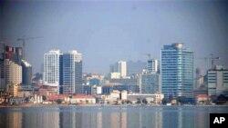 """Angola: """"Recenseamento eleitoral fracassou"""", diz oposição"""