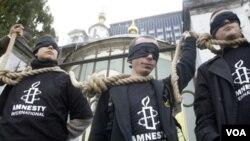 Amnistía Internacional asegura que algunos de los asesinatos realizados por la policía dominicana son ejecuciones extrajudiciales.