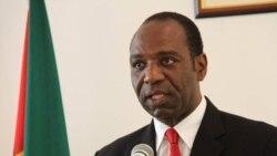 Primeiro-ministro moçambicano recebe delegação do FMI