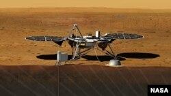 تصویر طراحی شده فضاپیمای اینسایت که قرار است سال ۲۰۱۶ توسط ناسا به سمت مریخ پرتاب شود