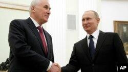 Леонид Тибилов и Владимир Путин