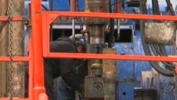 Rush to Extract Natural Gas Stirs Health Concerns