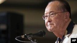 Senator Daniel Inouye dari negara bagian Hawaii meninggal dunia karena komplikasi pernafasan. (Foto: Dok)