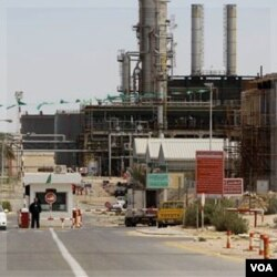 Perusahaan energi Italia, Eni, telah setuju untuk memulai lagi produksi minyak Libya setelah kesepakatan dengan pemberontak (29/8).