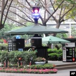 重庆街头随处可见的交巡警平台