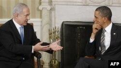 Thủ tướng Israel Netanyahu (trái) nói sự rạn nứt với Tổng Thống Obama (phải) đã bị 'thổi phồng' quá đáng