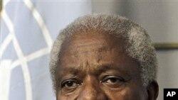 ທ່ານ Kofi Annan, ທູດສັນຕິພາບພິເສດ ທີ່ຖືກແຕ່ງຕັ້ງຂຶ້ນໂດຍອົງການສະຫະປະຊາຊາດ ແລະສັນນິບາດຊາດອາຣັບ ທີ່ໄດ້ລາອອກໃນຕົ້ນເດືອນນີ້ (AP Photo/Hussein Malla)