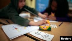 最新调查显示,目前美国约有40万学生在学习中文