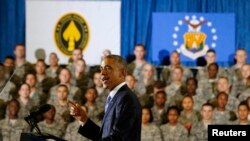U.S. President Barack Obama speaks after a military briefing at U.S. Central Command at MacDill Air Force Base in Tampa, Florida, Sept. 17, 2014.