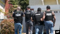 Policija na mjestu napada u gradu Poway, sjeverno od San Diega