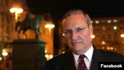 Arhiva - Efraim Zurof, istoričar holokausta i direktor Centra Simon Vizental