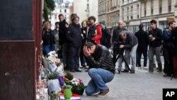 Tổng thống Mỹ nói rằng sự việc xảy ra ở Paris là 'nỗ lực kinh hoàng nhằm khủng bố những người dân vô tội'.