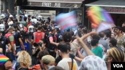 Meşa Civaka LGBTİ yan, li Stenbul