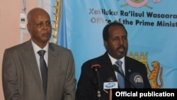 Somalia president and PM, Hassan Sheikh Mohamud and Abdiweli Sh. Ahmed. (File)