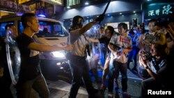 佔中和反佔中人士在旺角發生衝突
