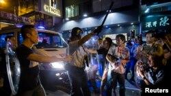 占中和反占中人士在旺角发生冲突