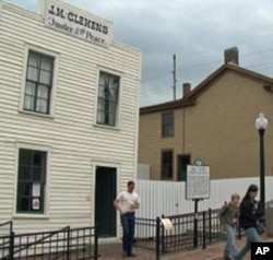 Twain museum officials say tourism was down last year.