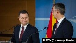 Груевски и Столтенберг по средбата во Брисел