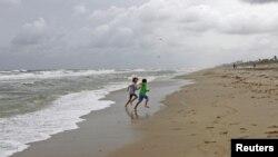 Desoladas las playas de Denver, Colorado, por efecto de las lluvias y vientos de 'Sandy'.