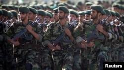 Pasukan Garda Revolusi Iran dalam parade militer di Teheran (foto: ilustrasi).