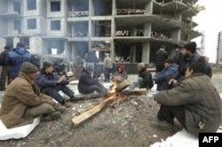 Rossiyada topilayotgan pul vatanda iqtisodiy tayanch, lekin ishchilarning u yerdagi ahvoli xarob