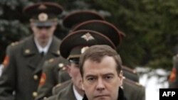 Dmitri Medvedev: 2008-ci ilin avqustu Azərbaycan və Ermənistan üçün çox ciddi dərs oldu